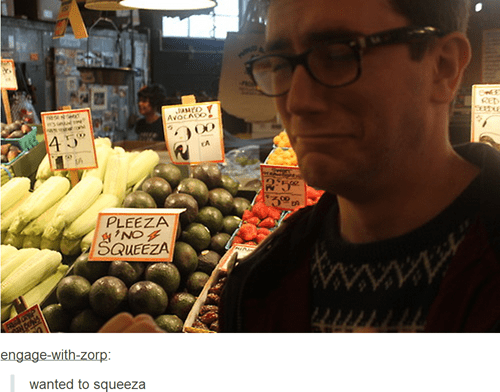 fruit,sign,squeeze