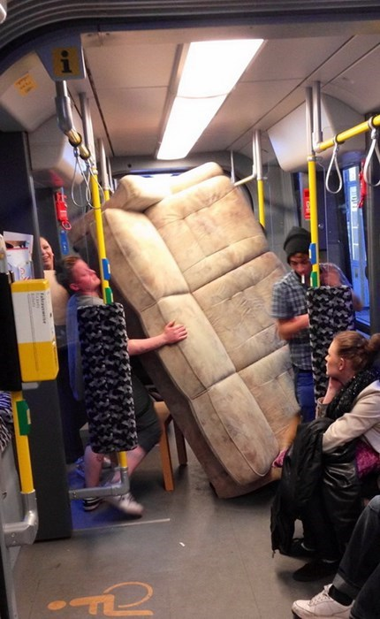 couch train special delivery - 7992326144