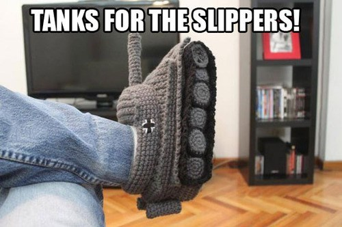 slippers,tanks