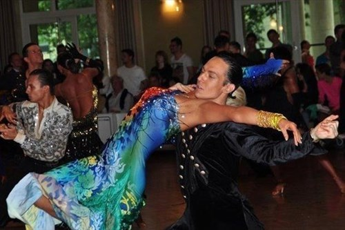 photobomb perfectly timed ballroom dancing