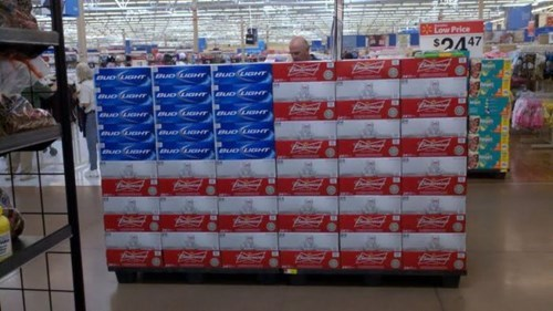 the american flag,beer,murica