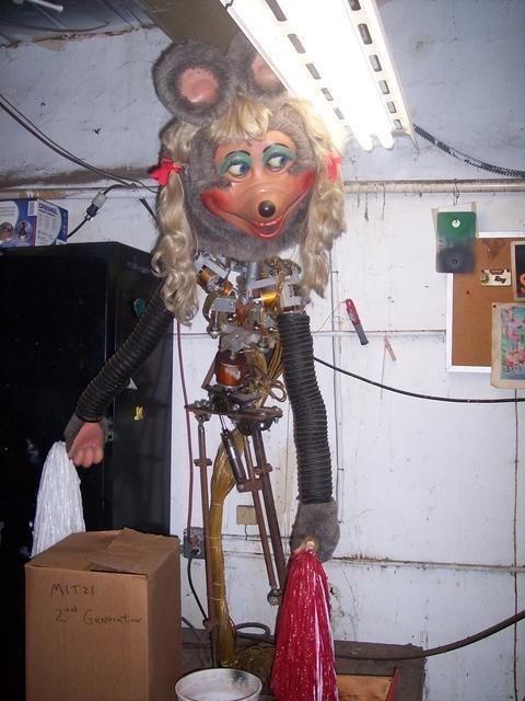 wtf creepy robots - 7997374720