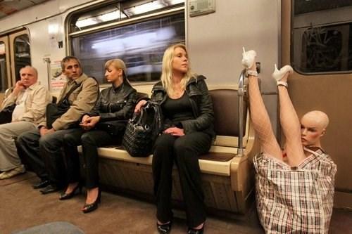 wtf Mannequins Subway - 7997755136