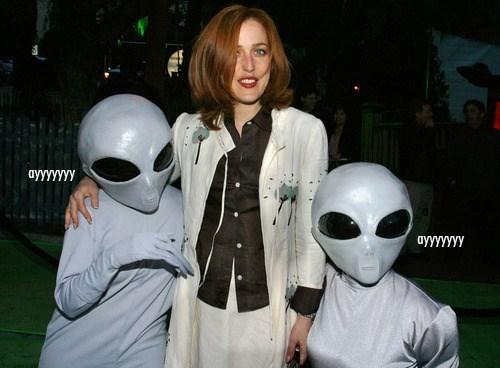 Aliens gillian anderson x files dana scully - 8002475520