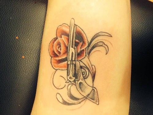 guns and roses bad wtf tattoos - 8005522688