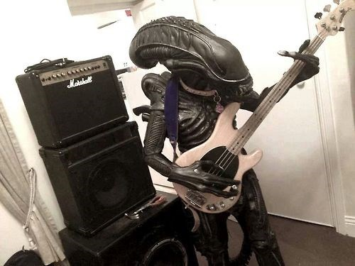 Aliens,Music,wtf,bass players