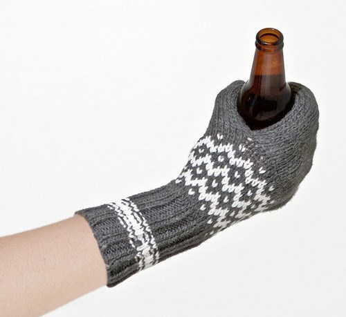 mittens beer snow funny - 8012264960