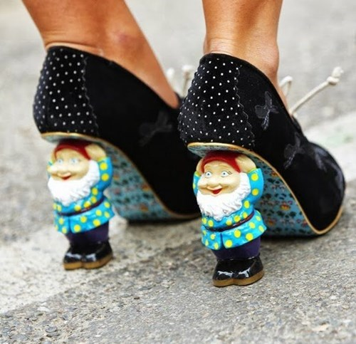 shoes,fashion,gnomes,high heels,poorly dressed,g rated