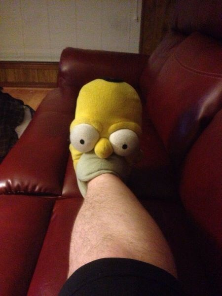 homer simpson,poorly dressed,slippers