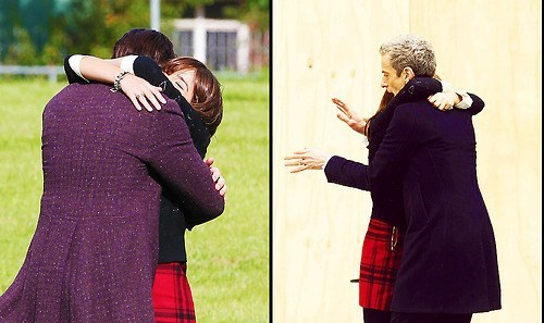 12th Doctor 11th Doctor hugging clara oswald - 8028547328