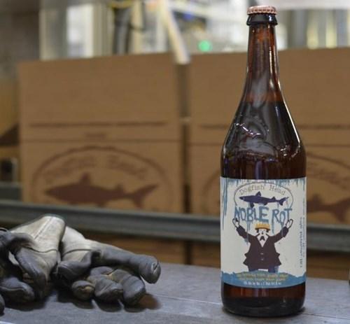 beer,dogfish head,funny,wine,wtf
