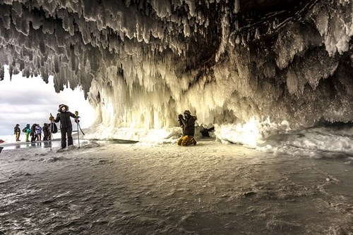 cave,cold,snow,mother nature ftw,winter
