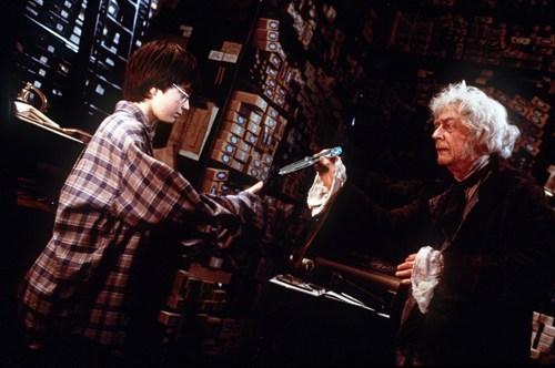 Harry Potter john hurt war doctor ollivander - 8030821376