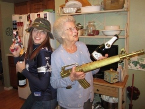 wtf grandma profile pic funny - 8031990784