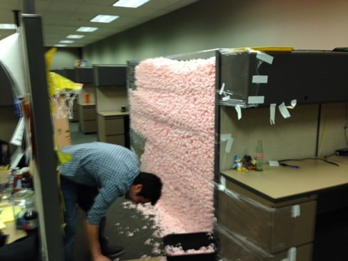 monday thru friday cubicles work pranks - 8037658368