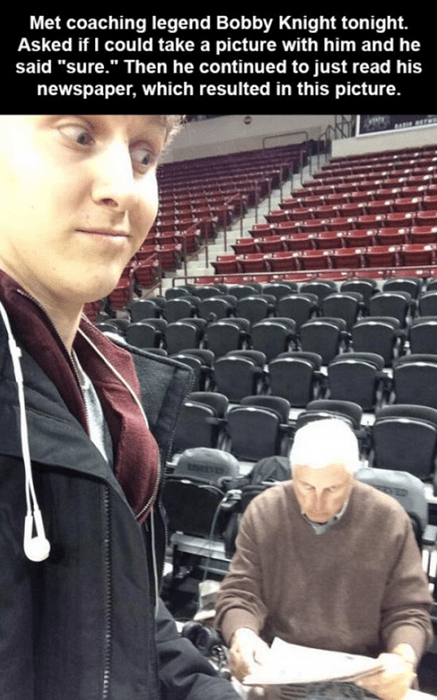selfie basketball bob knight - 8037931520