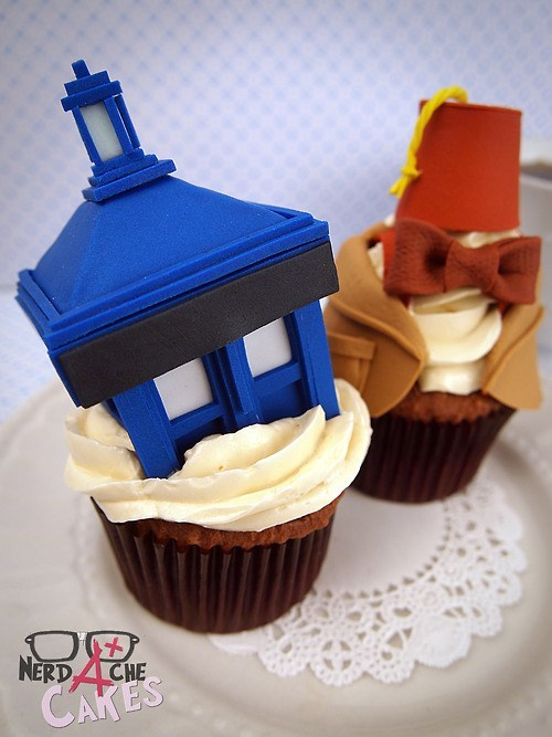 tardis 11th Doctor cupcakes - 8038123008