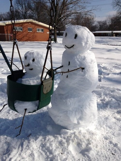 kids parenting swing snowman
