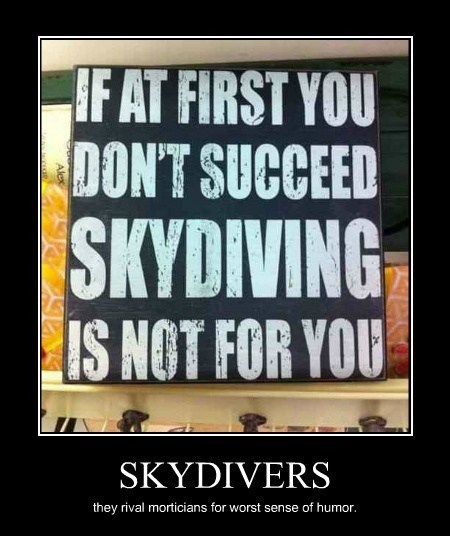 skydiving best worst funny - 8042567936