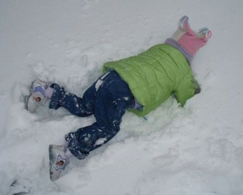 kids,Multitasking,snow,parenting