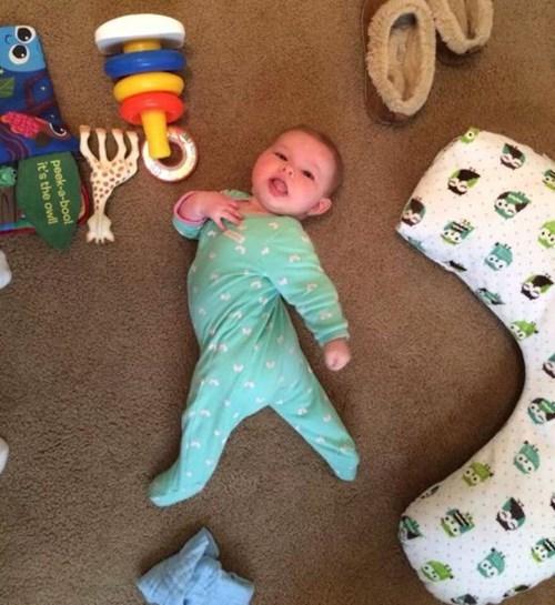 baby,posing,parenting