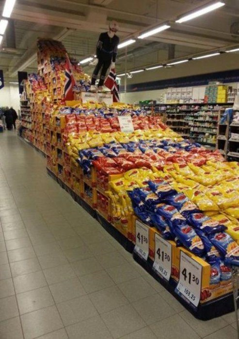 This Norwegian Supermarket Created a Food Display That Any 'Murican Would Be Proud Of