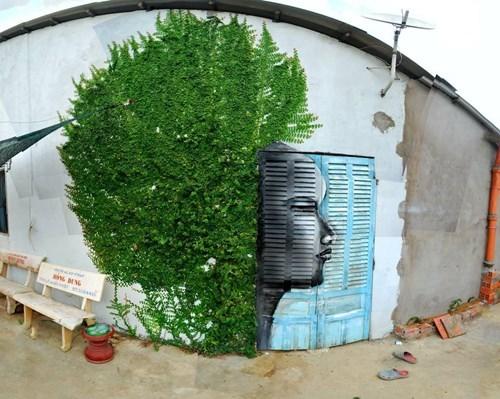 Street Art afro graffiti hacked irl - 8070531072