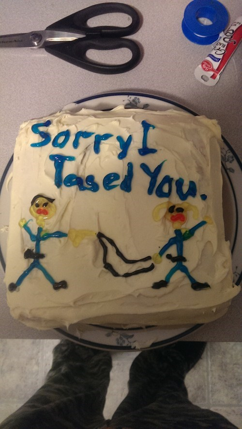 ouch,cake,cops,tased,g rated,fail nation