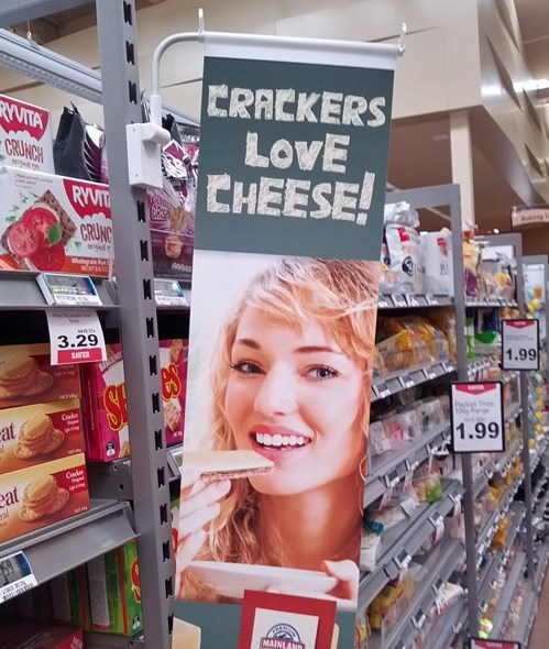 cheese crackers food - 8085556992