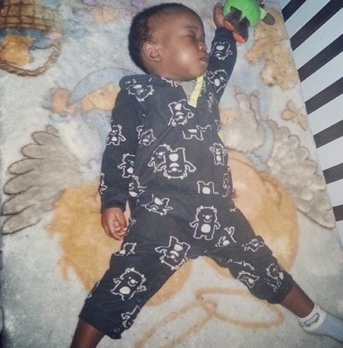 baby dreams parenting sleeping