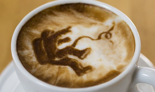 movies Gravity coffee latte art - 8090883840