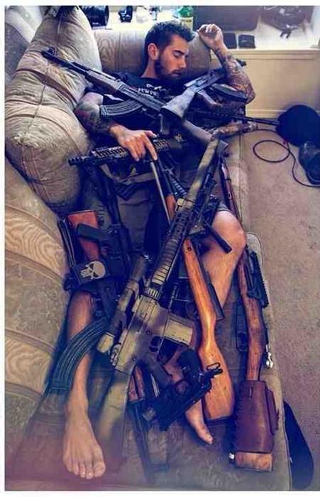 guns - 8100280576