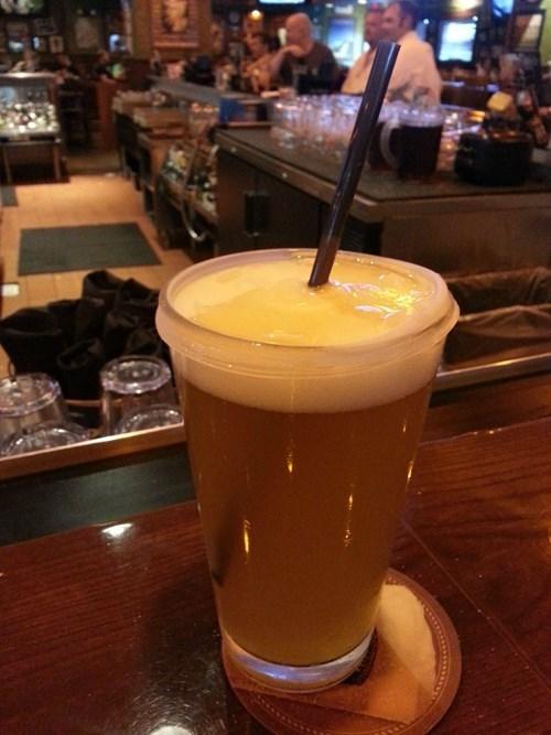 beer lid funny spilling - 8102599936
