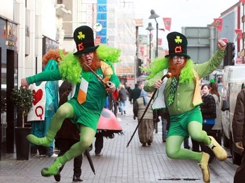 wtf St Patrick's Day leprechauns funny - 8110146304