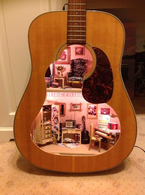 guitar,design,dollhouse