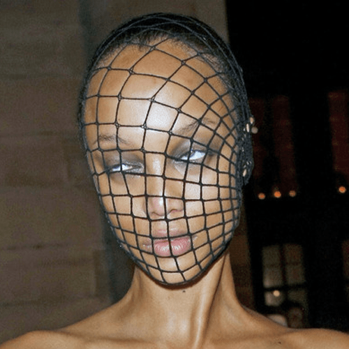 fishnets poorly dressed Tyra Banks - 8114868480