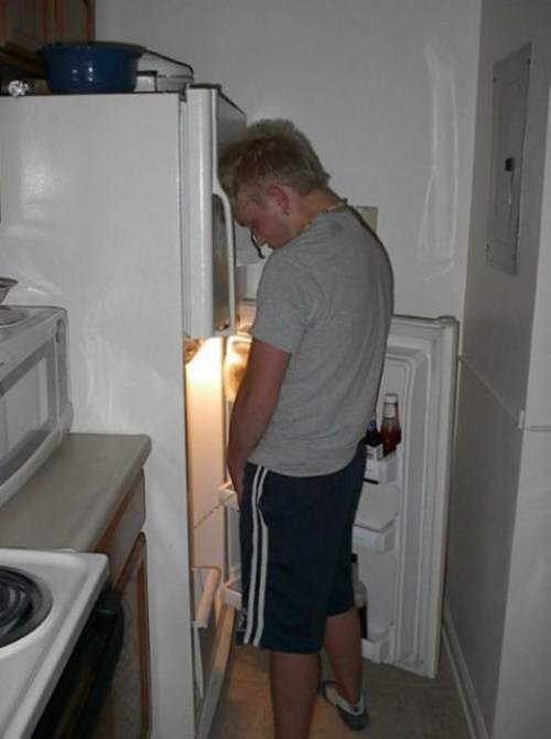 wtf,drunk,pee,fridge,funny