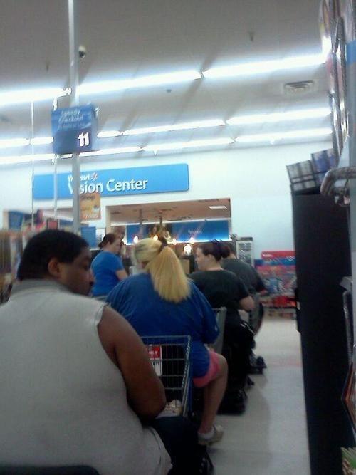 smartcarts,Conga line,Walmart