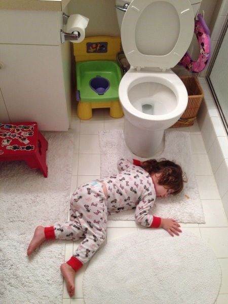 nap kids parenting bathroom toilet - 8121871360