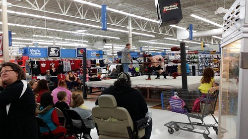 Walmart,wrestling