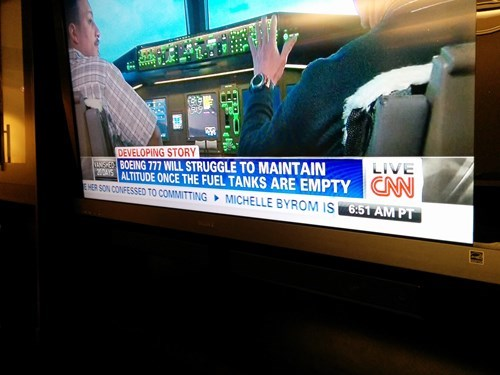 captain obvious fuel cnn duh headlines flying - 8124343552