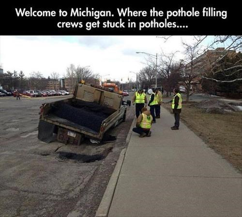 michigan construction tow trucks potholes