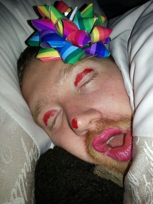 drunk,bow,passed out,funny,pretty