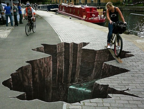Street Art chalk art perspective - 8138456064