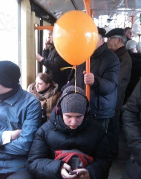 poorly dressed Balloons g rated - 8139670016