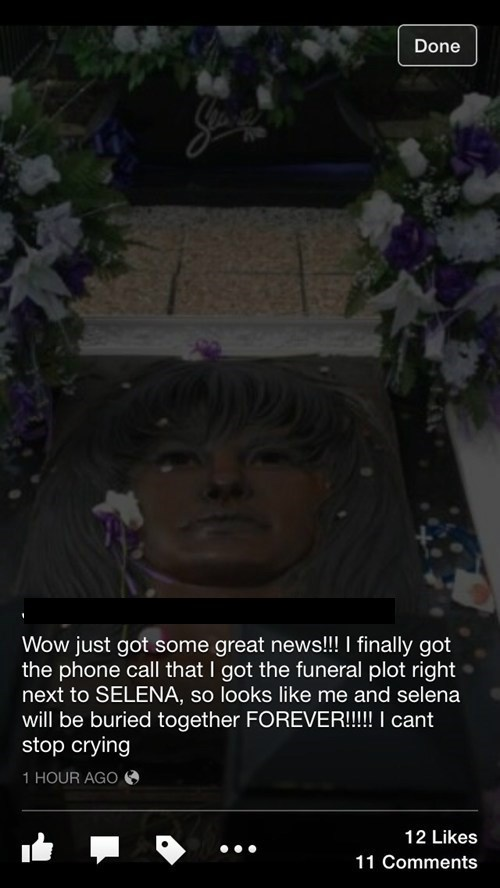 creepy Music gravestone selena - 8143291392