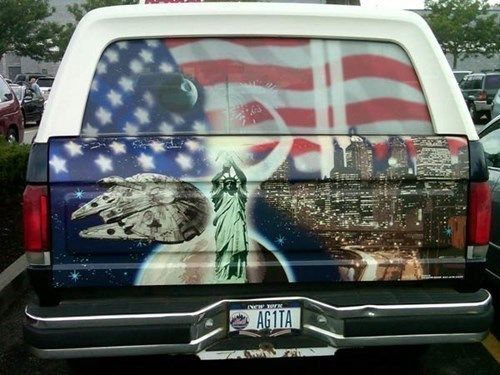 star wars,Statue of Liberty,millennium falcon,paint jobs