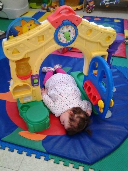 door nap kids parenting - 8147482112