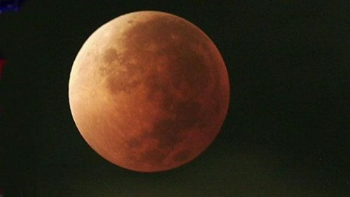 blood moon,eclipse