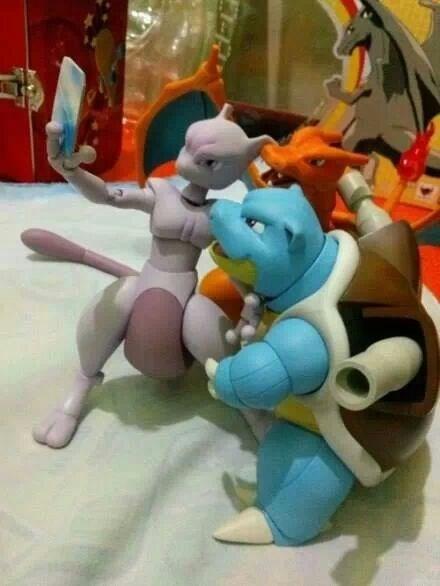genwun Pokémon selfie